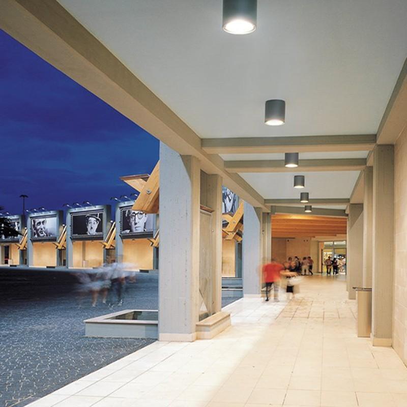 Iguzzini mq18 iroll led 15w 4000k lampada da soffitto for Iguzzini esterno