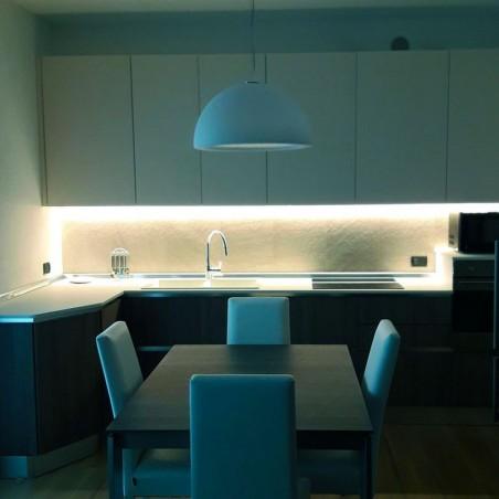 Lampo Strip Striscia LED 2835 60led/m 24V 4.8W/mt Bobina 5 Metri 24W Flessibile