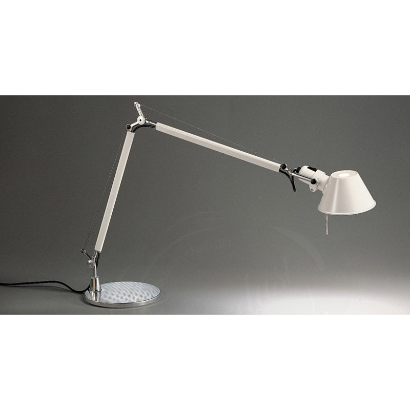 artemide tolomeo micro lampada da tavolo bianco lucido. Black Bedroom Furniture Sets. Home Design Ideas