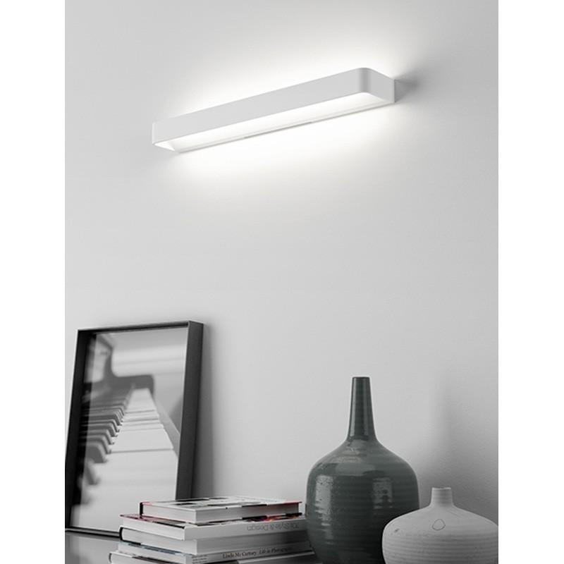 Rotaliana frame w3 led lampada da parete lineare bianco for Lampada alogena lineare led