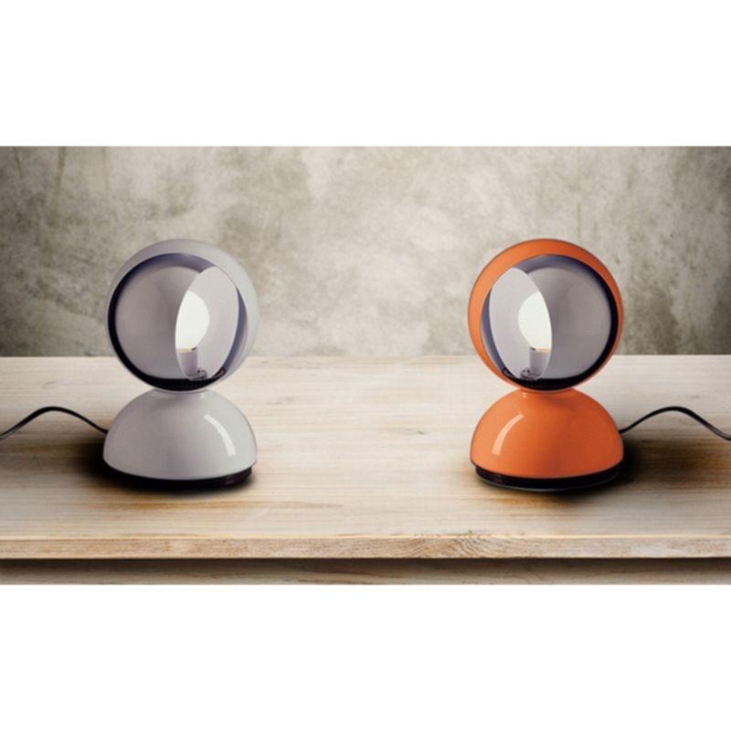 Artemide eclisse e14 25w lampada da tavolo arancio diffusione luce srl - Lampada da tavolo vico magistretti ...