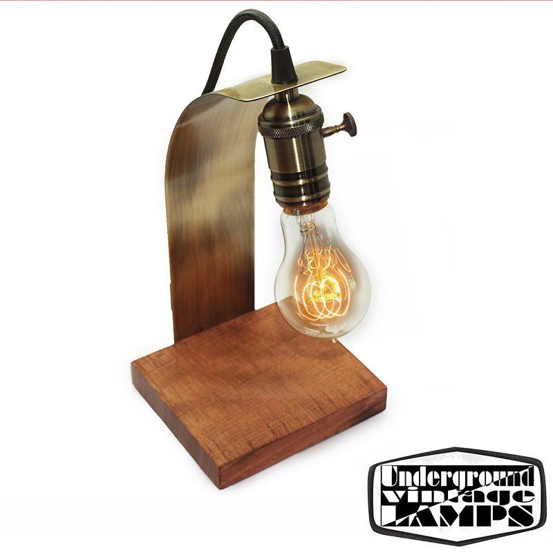Lampada Da Tavolo Artigianale Virgola E27 Bronzo E Legno Diffusione Luce Srl
