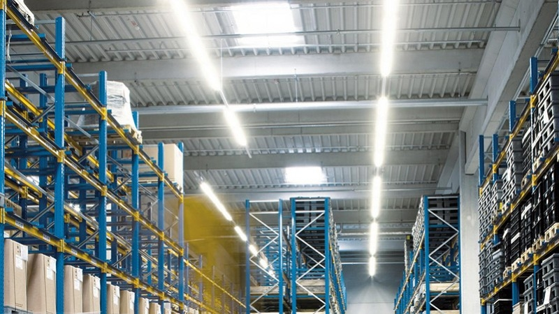 Industrial LED ceiling light